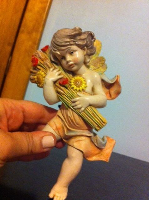 BEAUTIFUL SUNFLOWER FONTANINI ITALIAN DEPOSE CHERUB FIGURINE...DATED 1989!!