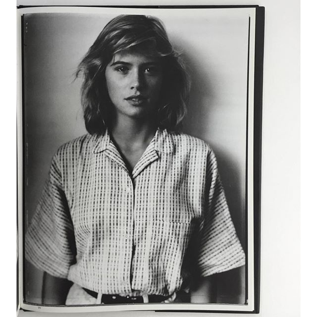 idea.ltd The nineties style. Kristy Swanson from the Gus Van Sant 1992 superbook 108 Portraits. We LOVE this book. It got so hard to find! Email if you want@ideanow.online #gusvansant #108portraits #kristyswanson #1992 2016/05/17 01:55:23