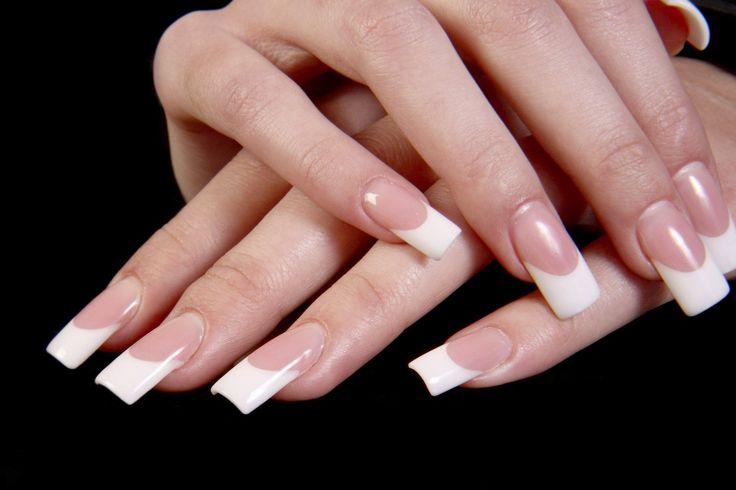 Partie dure (translucide) et insensible à l'extrémité du doigt ou de l'orteil; lame cornée ; phanère terminal kératinisé (composé de kératine). Appelé aussi :Table unguéale Anglais :Nail (anatom…