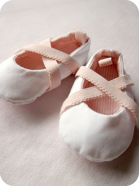 DIY baby ballerina shoes with link to pattern