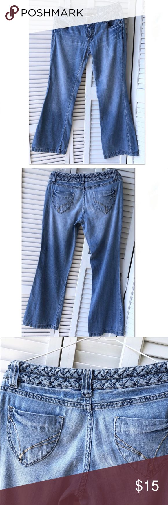Guc refuge wide leg jeans w/braided waist Sz 11 Guc Refuge distressed jeans with…
