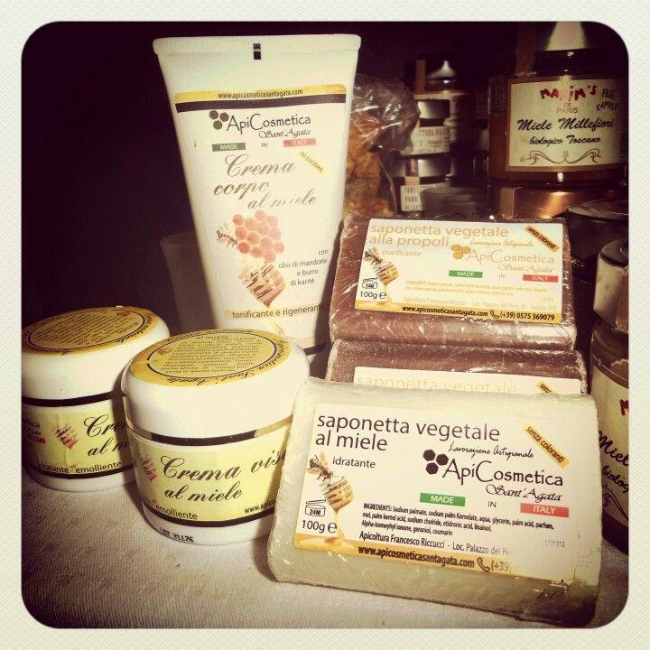 Cosmetics made from Italian organic honey