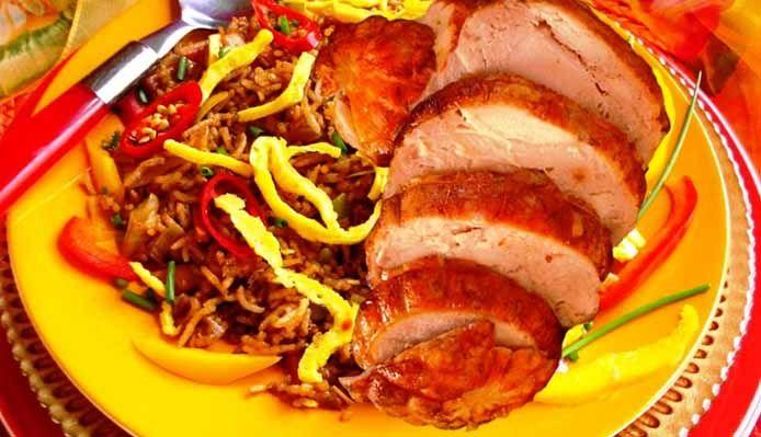 Surinaams eten – Nasi Trafasie met kiprollade