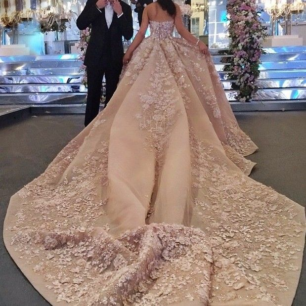 wedding dresses Generous Beautiful Sweetheart Appliqued Beaded Bling Bling Cathedral Train Champange Wedding Dresses-in Wedding Dresses from Weddings & Events on Aliexpress.com | Alibaba Group