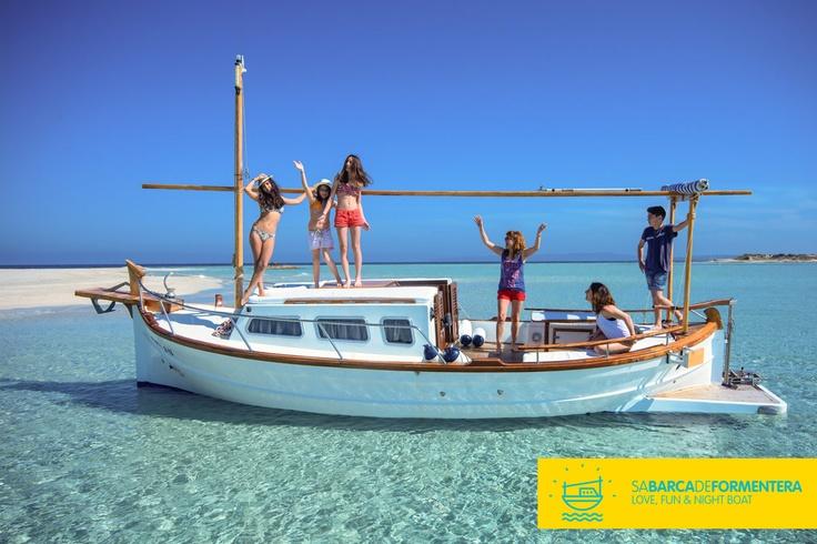 Descubre la forma más auténtica de navegar por formentera. http://www.sabarcadeformentera.com