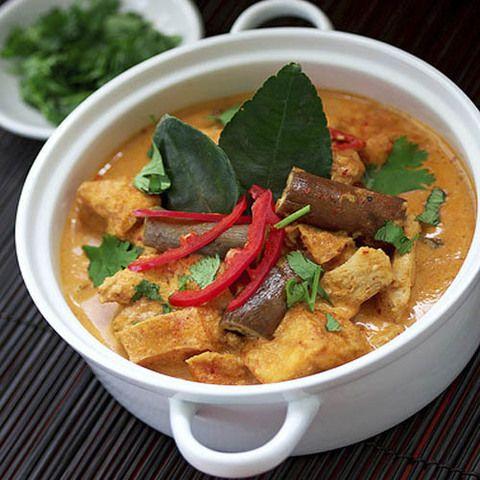 Курица с грибами в красном карри: тайская кухня, рецепты