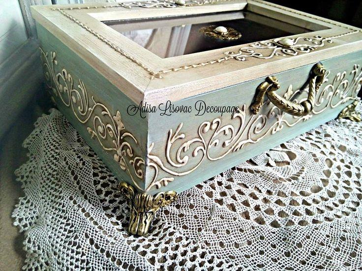 vintage antique shabby chic jewlery box by Adisa Lisovac decoupage