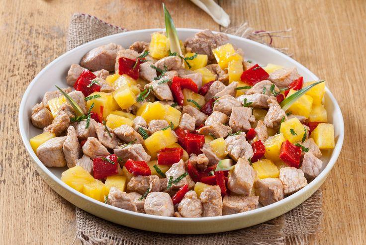 Receita de Carne de porco com ananás. Descubra como cozinhar Carne de porco com ananás de maneira prática e deliciosa com a Teleculinária!