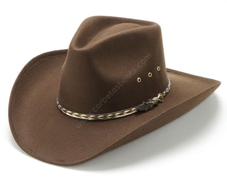 Puedes comprar en nuestra tienda online este sombrero cowboy de precio barato hecho en plástico con forro de tela marrón para disfraces o fiestas | Buy online at our shop this inexpensive brown faux felt cowboy hat  with a great value for money