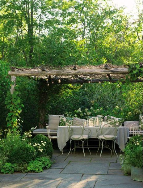 Pergola = Can't you just imagine, sitting out here with a lovely meal, surrounded by family & friends?? What a beautiful place to spend an afternoon or evening. Beautiful scene, good food, good convos, good music, joy & laughter ... MY kinda day!