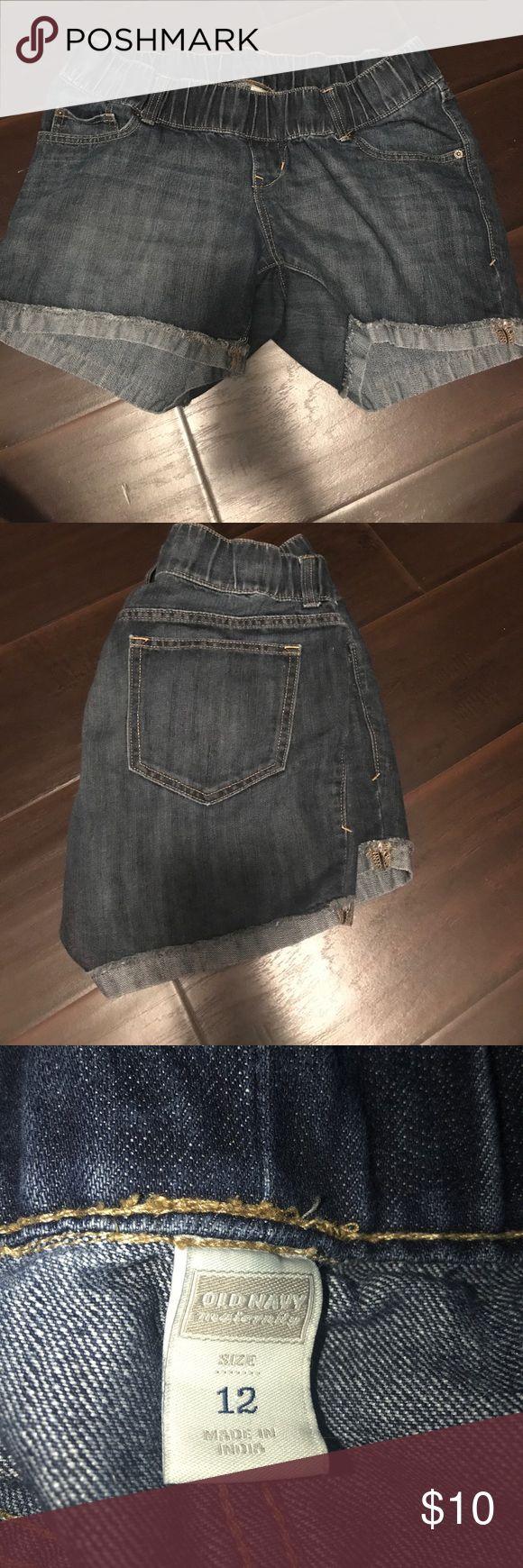 Old Navy Maternity jean shorts Old Navy Maternity jean shorts size 12. Good condition! Old Navy Shorts Jean Shorts
