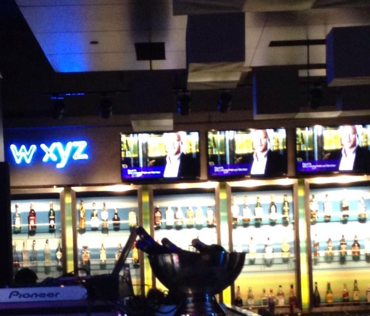 Bottles & Bar :) W xyz representing!