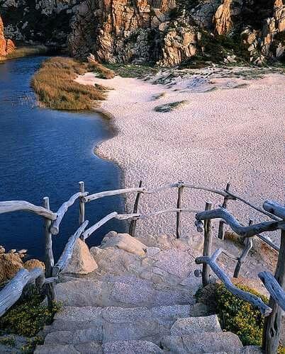 Spiaggia di Li Cossi - Costa Paradiso . Sardinia-Cerdeña -Sardegna -Sardinien.