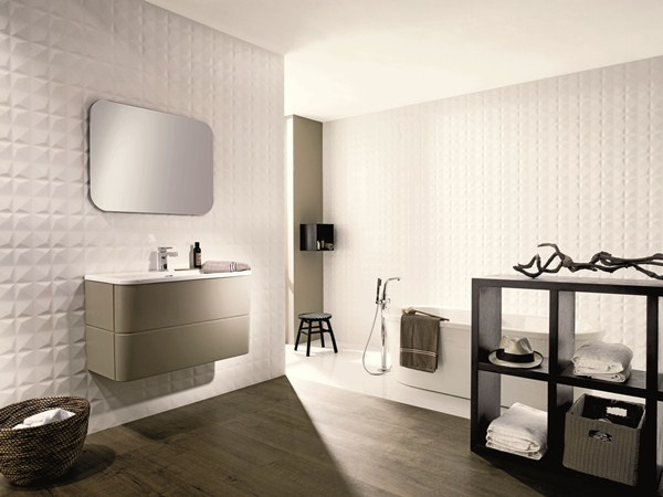 Diamond White Tile Installed From Porcelanosa This 3 Dimensional Porcelain Has A Highly Textured Surface And Makes An Eye Catching