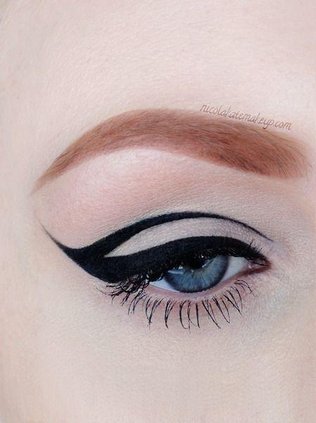 Graphic Liner https://www.makeupbee.com/look.php?look_id=92545