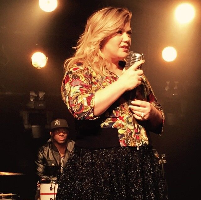 Queen kelly clarkson kelly clarkson pinterest posts for How many kids does kelly clarkson have