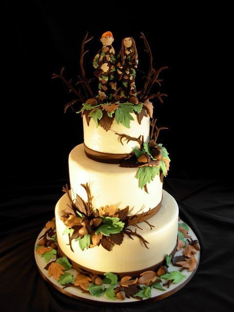 wedding decorations for hunters | Hunting Wedding Cake | Country Wedding Ideas