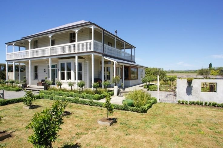 Holiday Home Hawkes Bay, Gone with the Wind, Luxury Hawkes Bay Accommodation  | Amazing Accom