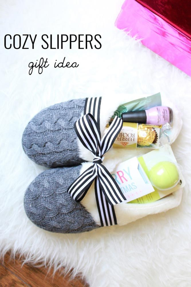 33 Easy And Inexpensive Christmas Gift Ideas For EveryoneDeli Direct