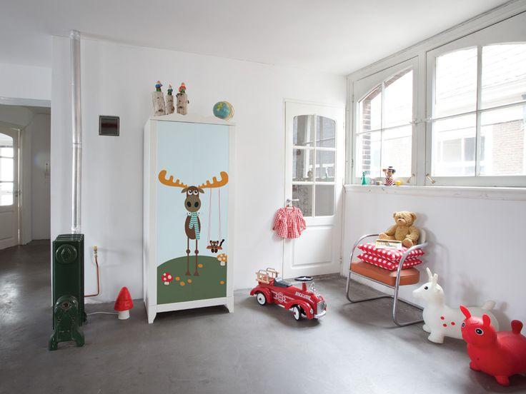 Cambia la fodera al divano rifai l 39 anta decora l 39 armadio - Trasformare mobili ikea ...