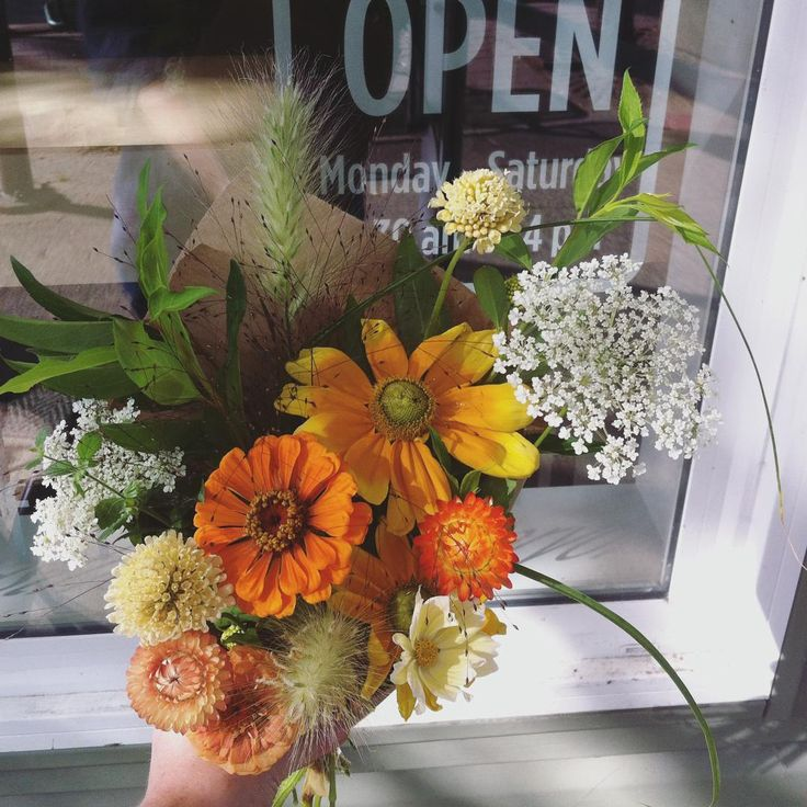 Find our bouquets @fancypantscafeplay and @lunenburgfarmersmarket today!