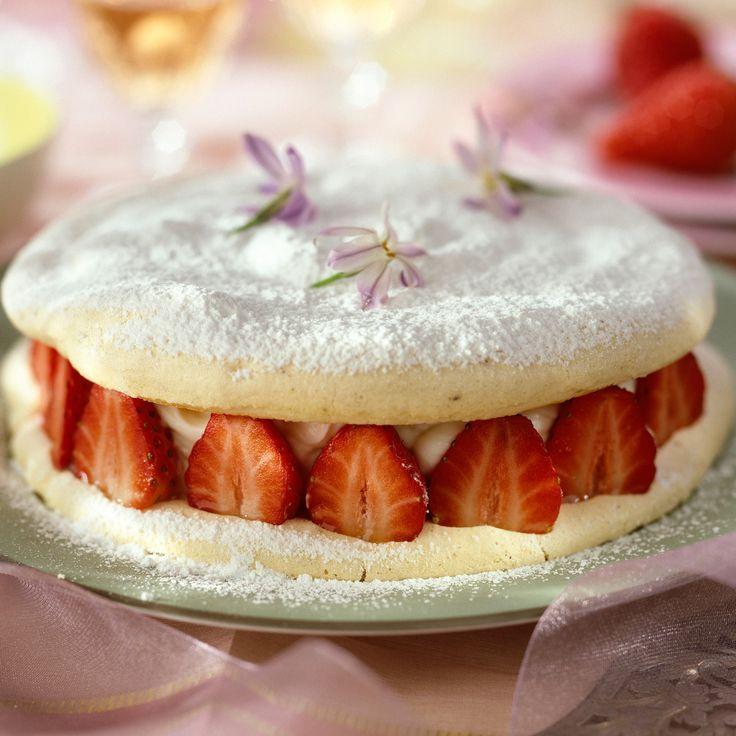Découvrez la recette du fraisier aux meringues