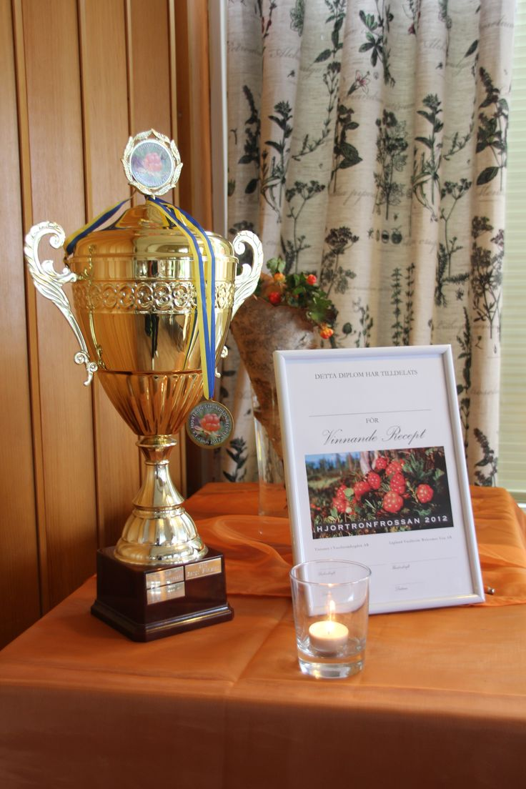 Cloudberry recipe competition winner trophy