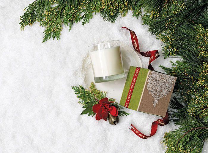 #Aveda a #Natale regala i nuovi gift... http://www.soniapaladini.it/?p=4178 #beauty #bellezza #naturale @aveda #green #benessere #spa Creare prodotti naturali per prendersi cura dei capelli, del corpo e del nostro viso e che rispettino il pianeta? Questa da sempre è la missione di AVEDA...