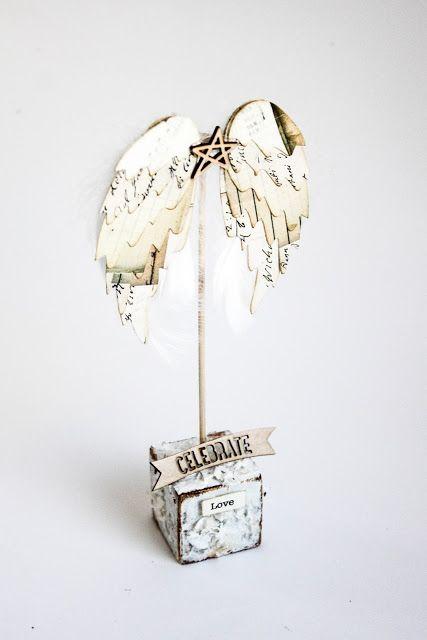 Scrapmanufaktur: Feathered Wings die