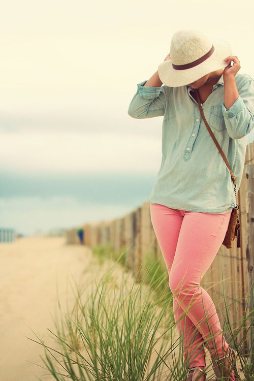 Because colored pants should be worn always: At The Beaches, Color Denim, Pink Pants, Beaches Outfit, Beaches Photography, Color Jeans, Pink Jeans, Color Pants, Pastel Color