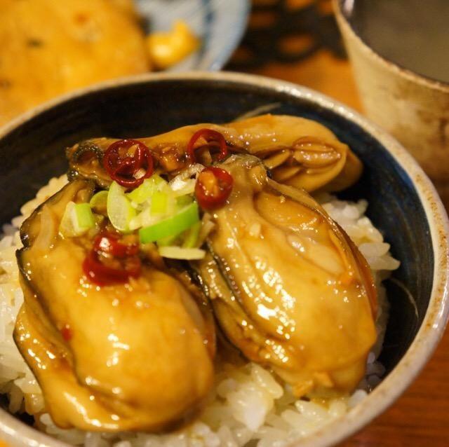 SnapDishに投稿されたちぃさんさんの料理「準備入れても10分で出来ます牡蠣を食べれなかった息子も絶賛 (ID:Dziyua)」です。「牡蠣のオイスター丼」息子も絶賛 準備 牡蠣