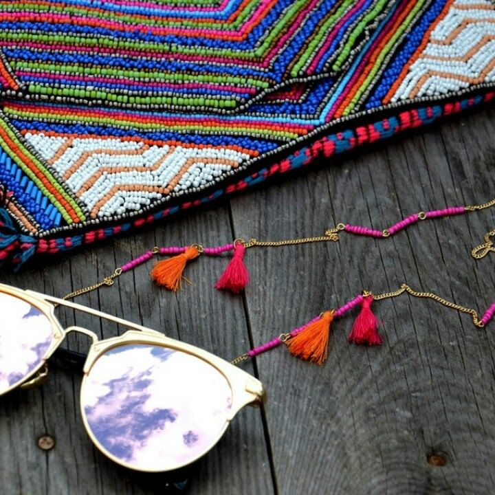 Make these rainy days to summerdays with some colorfully summer accessories ♥
