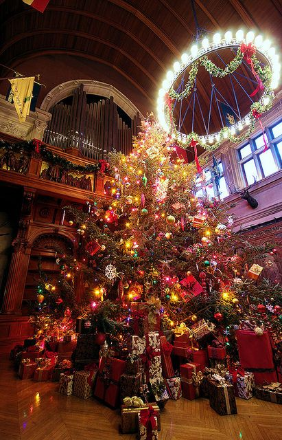 Christmas at Biltmore House by RomanticAsheville.com