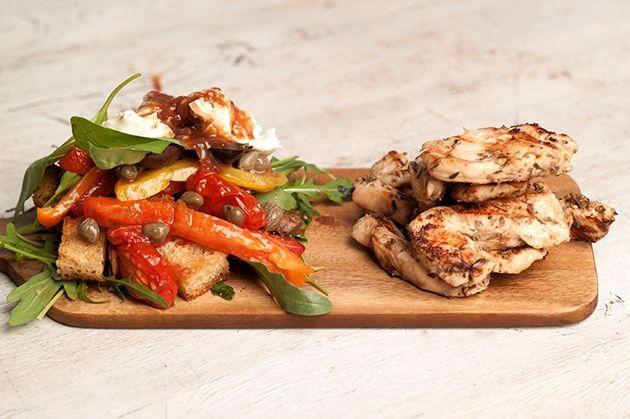 Κοτόπουλο στη σχάρα με βαλσαμικό και ιταλική σαλάτα