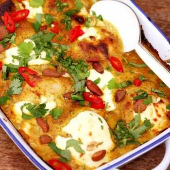 This fragrant almond chicken curry can really cater for a crowd! Spend a few minutes creating the fragrant sauce then pop in the oven to cook itself.