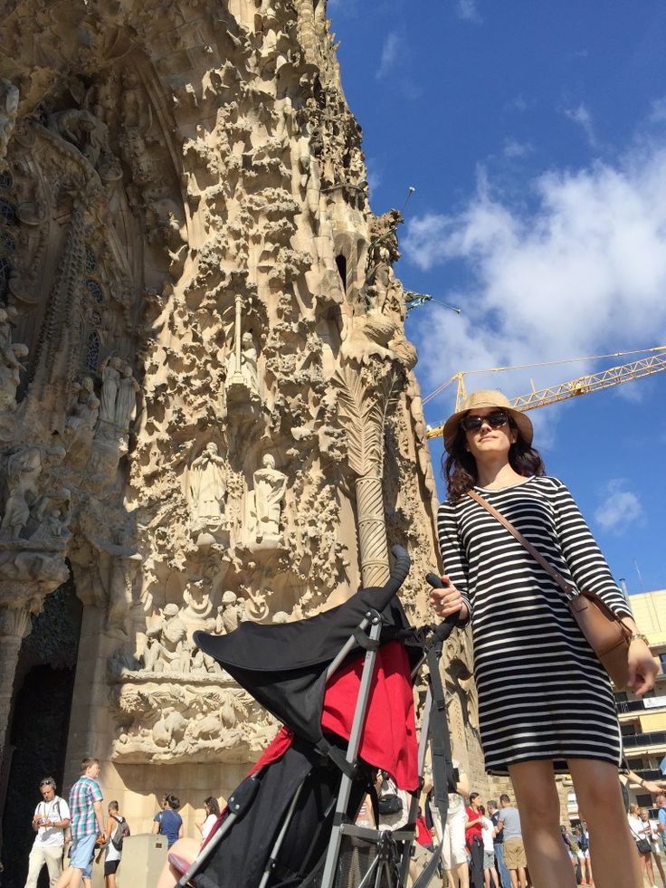 Sagrada Familia Barcelona - Traveling with kids!