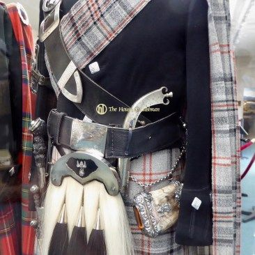 Flintlock Dress Pistol King - Queen's Piper - Balmoral Highlanders Uniform