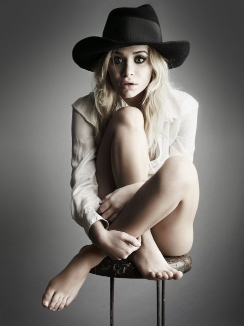 One of the Olsen-Twins by #Rankin #ShowOff #Duesseldorf www.nrw-forum.de