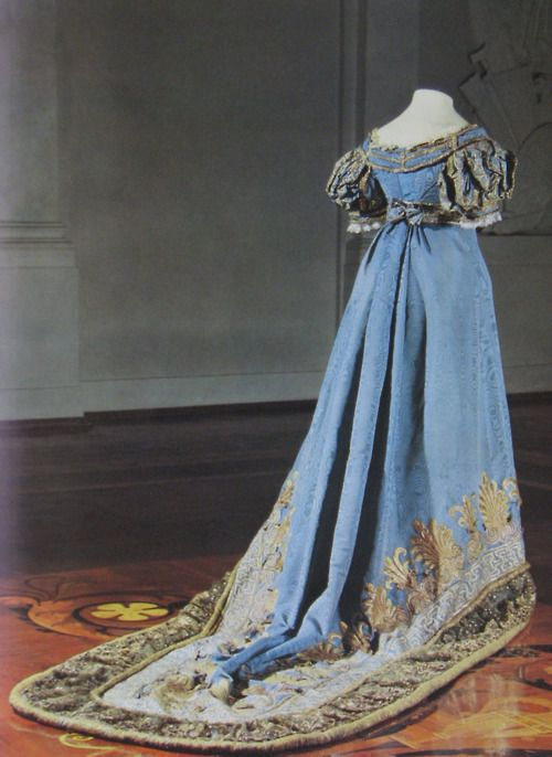historicalfashion:    Russian court gown, 1820s    One of the things that fascinates me most about Russian court gowns is that they still retain elements of the current fashions, like the waistline of the late 1820s here, while having all the requirements of court fashion.