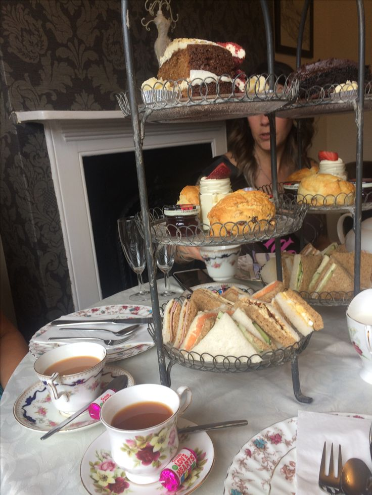 sabrina's sweet things ~ afternoon tea ~ leanne's hen party