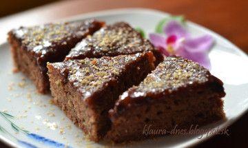 Cuketový koláč s čokoládou