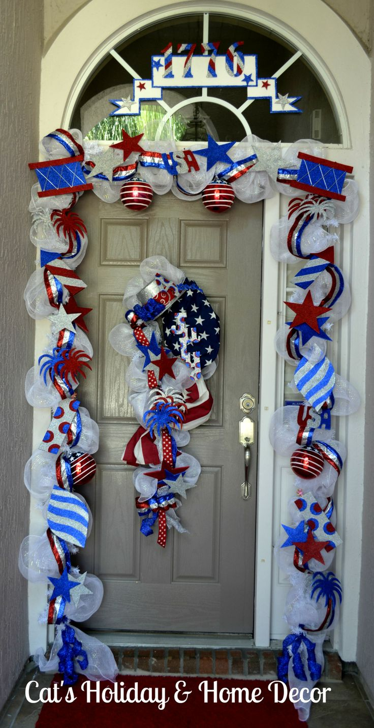 Front door deco mesh christmas decorations - 45 Decorations Ideas Bringing The 4th Of July Spirit Into Your Home Decor Ideasdecorating Ideasdoor