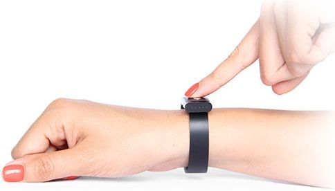 Smart Bracelet That Use Your Heartbeat As Passwords