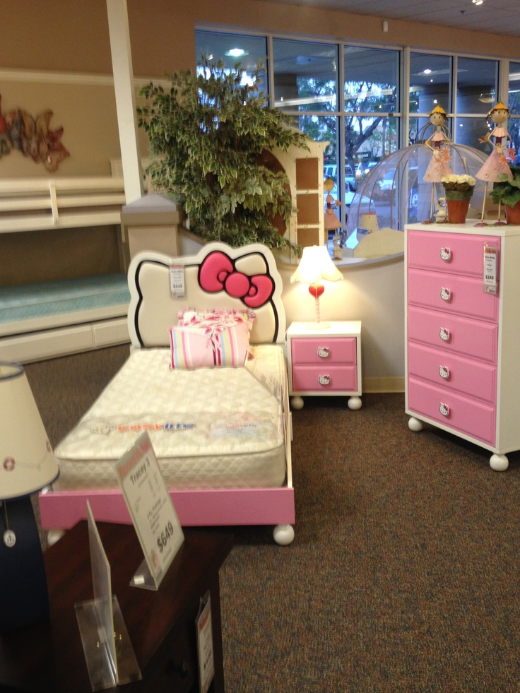 The Hello Kitty Bedroom Set which my daughter in law would love to have  when she. 17 Best ideas about Hello Kitty Bedroom Set on Pinterest   Hello