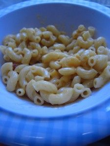 Rice Cooker Mac and Cheese-So Easy: Cooker Macaroni, Mac Cheese, Recipe, Blue Boxes, Rice Cooker Mac And Chee, Macaroni Cheese, Slow Cooker, Mac And Cheese, Real Food