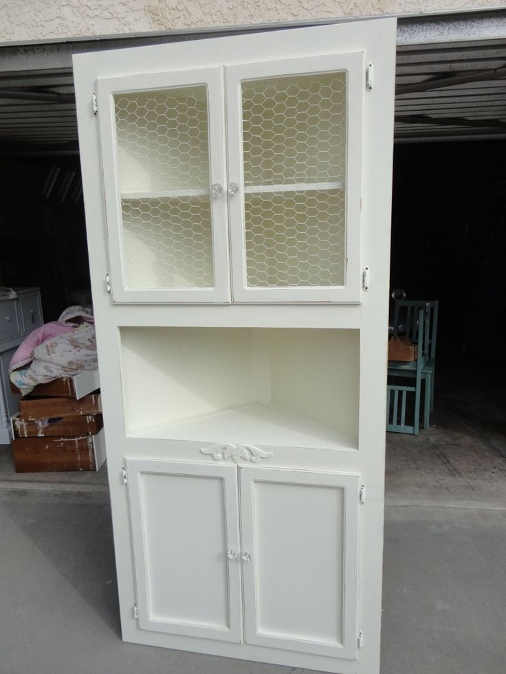 17 best images about furniture on pinterest corner china for Chicken wire kitchen cabinets
