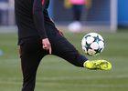 Temporada 17/18. Entrenamiento en el estadio Vicente Calderón. Simeone durante el entrenamiento