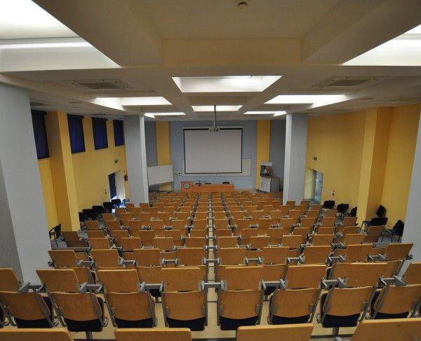 Aula w Opolu - #sale #saleszkoleniowe #saleopole #salaszkoleniowa #szkolenia #salaopole #szkoleniowe #sala #szkoleniowa #konferencyjne #konferencyjna #wynajem #sal #szkolenie #wynajęcia #konferencji #opole #konferencja #aula