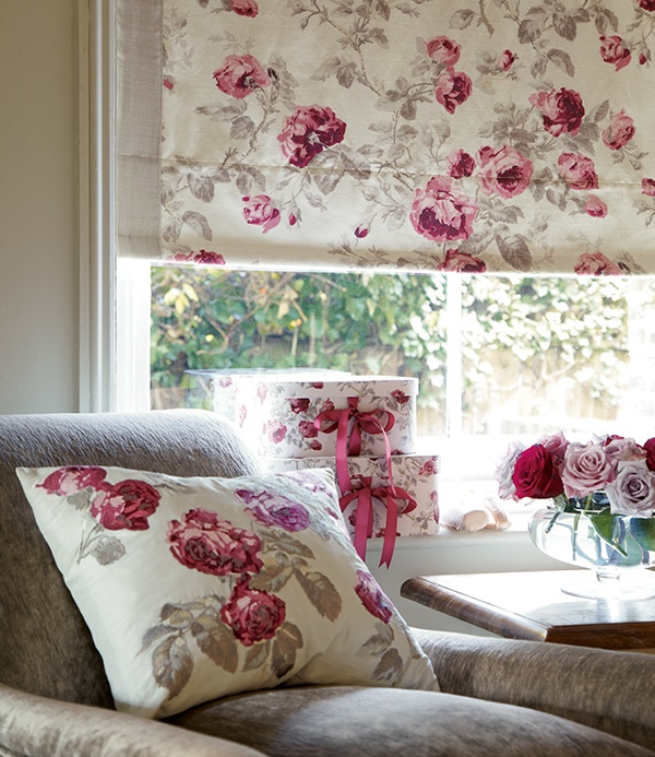 Not how I would do it, but I love the idea of covering BOTH a pull down shade and a pillow in the same fabric (and maybe a couple of ribbon bedecked boxes too?) ~mgh