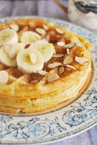 Almond Buttermilk Waffles - perfect breakfast!